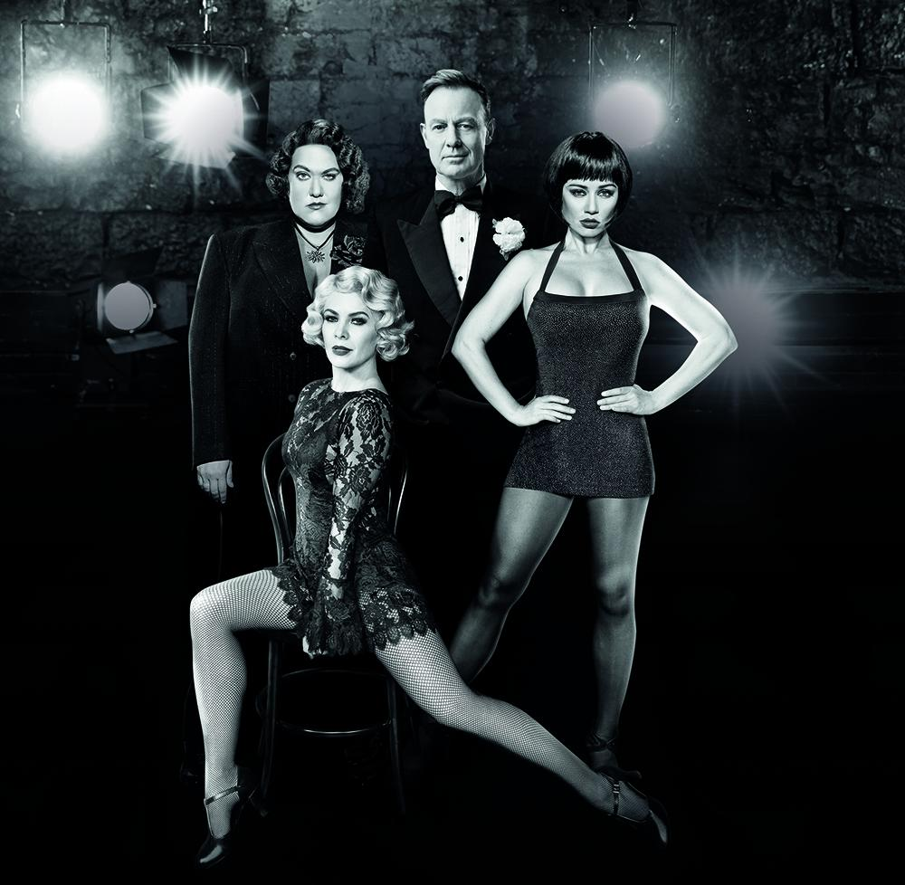 4 of the cast of Chicago